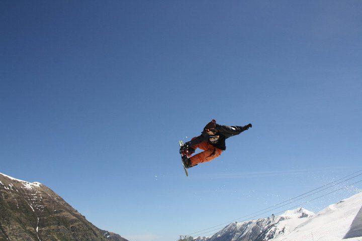 HL TEAM: Snowboard Wally ILLUMINATI Brughelli