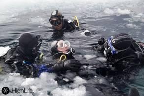 Piau Engaly buceo bajo hielo